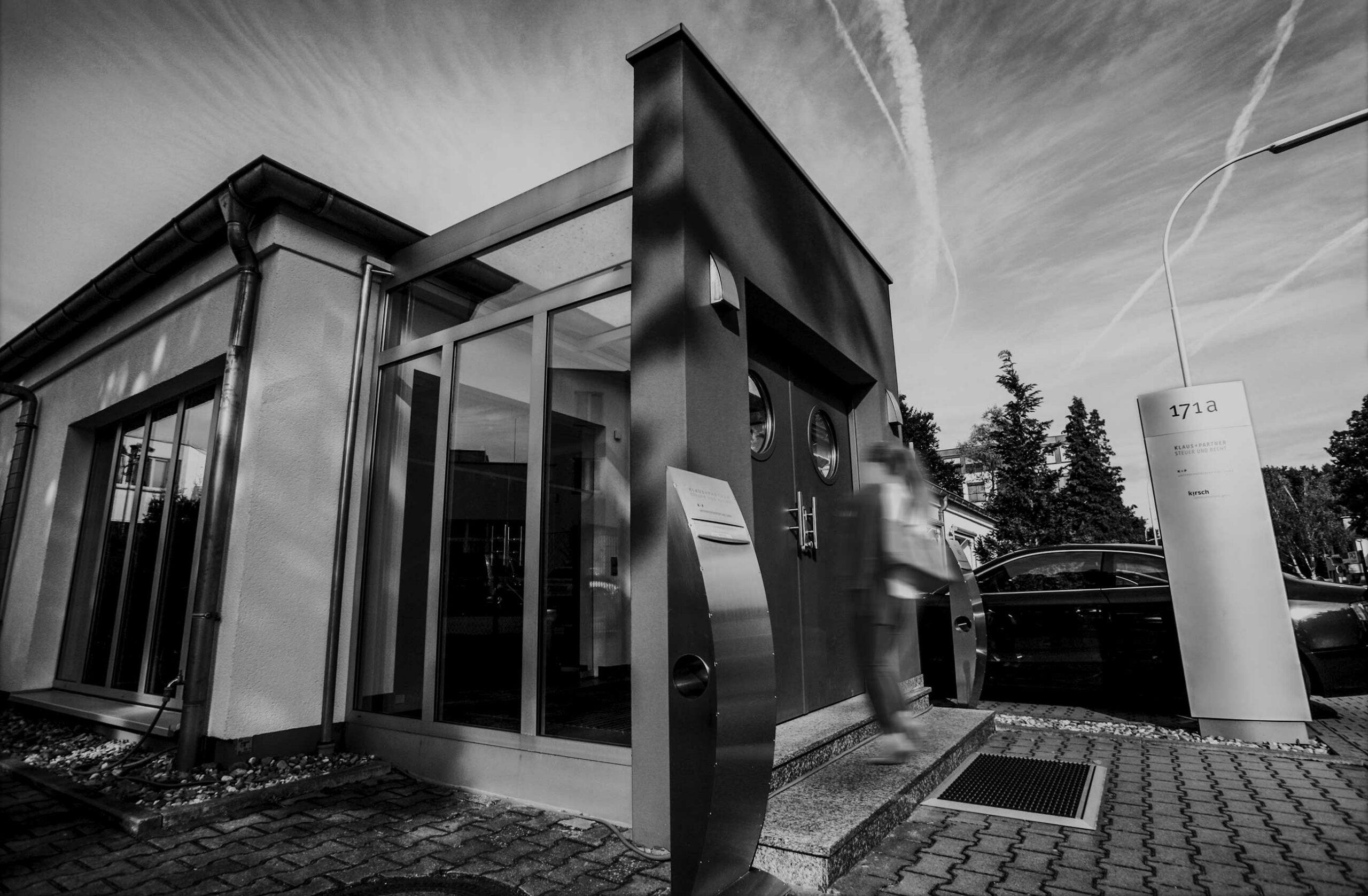 Klaus + Partner Steuer und Recht: Eingang